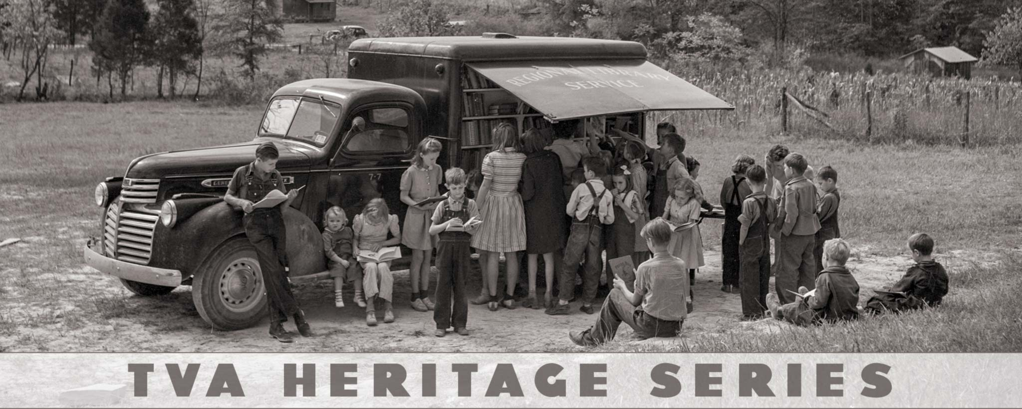 School kids at bookmobile