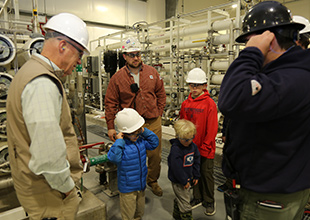 Good Stewardship Unites TVA and Local Cub Scouts During Allen Gas Plant Tour