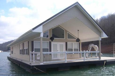 Floating Cabin